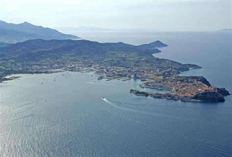 porto ferraio portoferraio harbor in portoferraio italy harbor