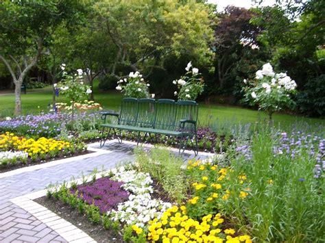 simple garden images simple small garden designs vegetable