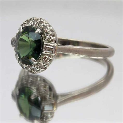 vintage green sapphire and 18ct white gold ring