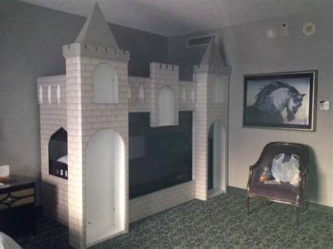 Hotel Bunk Beds New Castle S Bunk Bed Picture Of Anaheim Majestic Garden Hotel Anaheim Tripadvisor