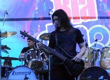Baju Oraqle arnis lefthand bassplayer community informations for