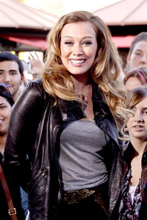 Hilary Duff Sends by Ugg Boots Hilary Duff Sent Mike Comrie Toothless Pic