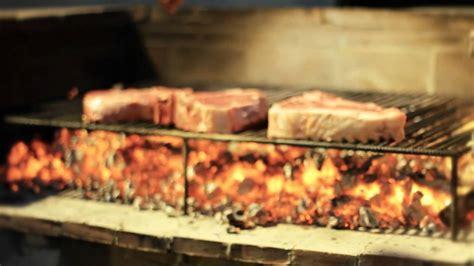 come cucinare una bistecca come cucinare una bistecca alla fiorentina