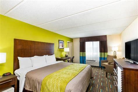 san diego 2 bedroom suite hotels two bedroom suite 1 king bed 1 queen bed picture of