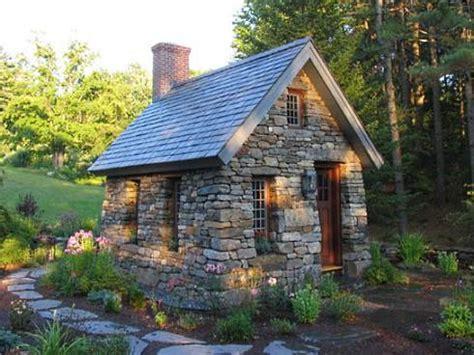small stone cottage design  english cottage plans
