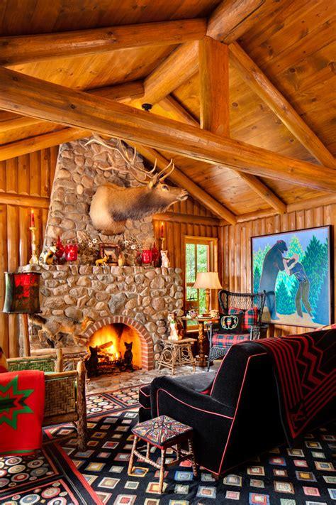 wonderful Small Wall Decor Ideas #6: Small-log-cabin-living-rooms-living-room-rustic-decorating-id.jpg