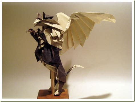 Origami Gryphon - origami gryphon