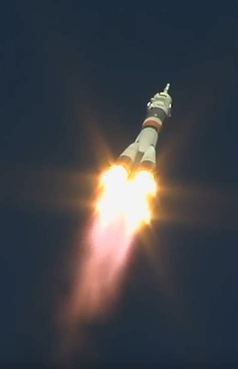 aborted soyuz launch soyuz launch carrying two astronauts is forced to abort