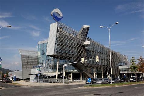 banca hypo alpe adria bank hypo alpe adria la banca che fa tremare l austria e l europa