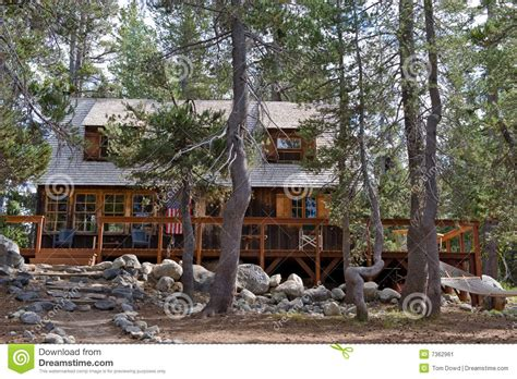 Wrights Lake Cabin Rental by Cabin In Scenic Forest Stock Image Image 7362961