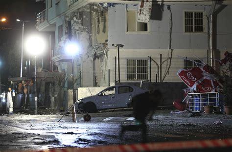 consolato americano a roma due attentati a istanbul nel mirino la polizia e il
