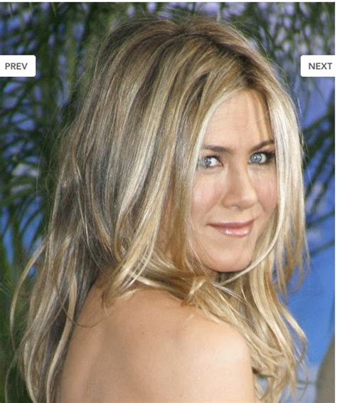 jennifer aniston steps out with new blond bangs while jennifer aniston hairstyles bangs blogspot 1000 images