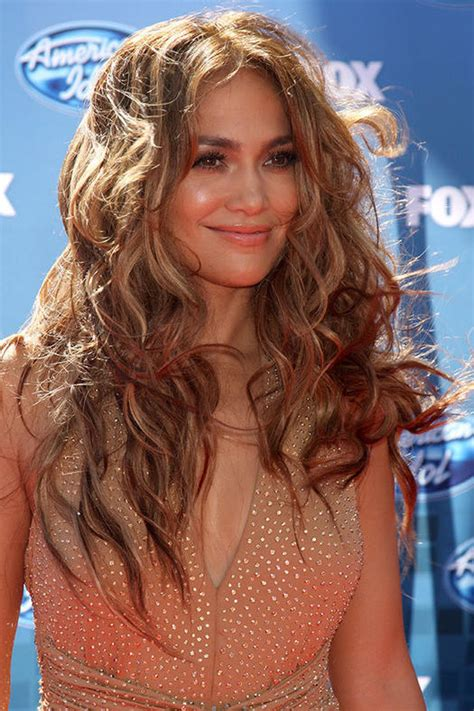 say no to the triangle effect 15 hairstyles for thick hair more com say no to the triangle effect 15 hairstyles for thick