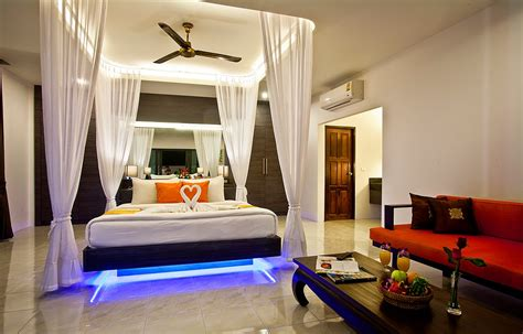 couple bedroom ideas romantic bedroom design and ideas for couples dashingamrit
