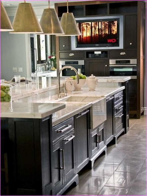 kitchen island with dishwasher best 20 kitchen island with sink ideas on pinterest