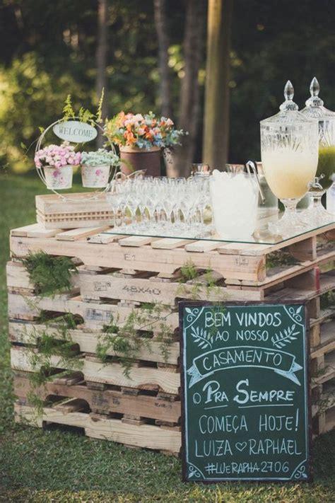 Pallet Wedding Decor Rustic Wedding Pallet Drink Bar
