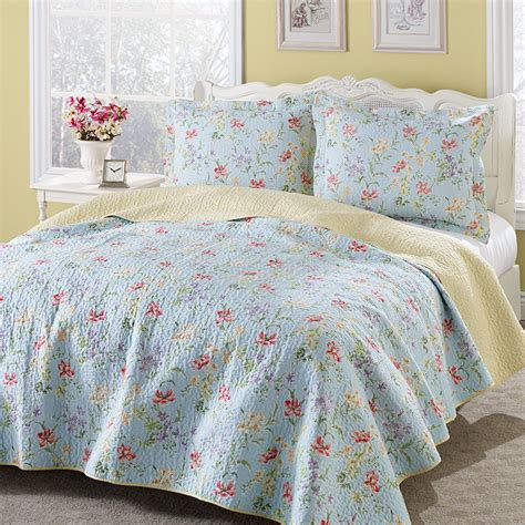 Bed Quilt Set Crofton Quilt Set From Beddingstyle