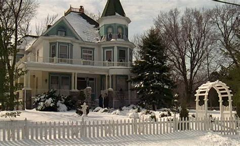 bed and breakfast movie the cherry street inn from the movie quot groundhog day quot hooked on houses