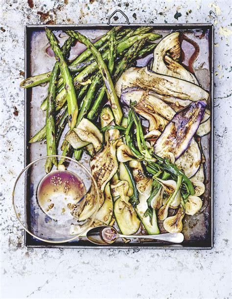cuisiner les prot駟nes de soja l 233 gumes grill 233 s marinade 224 l ail et sauce soja pour 4