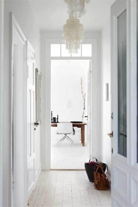 revistas de decoraci 243 n danesas y una encimera de roble de