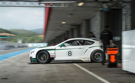 bentley continental gt3 r racecar bentley signs first customer for continental gt3 race car
