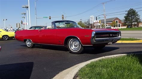 Chrysler 300 Paint by 1970 Chrysler 300 Convertible In Paint Engine Sound