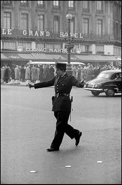 Le Flic, 1959 | Frank horvat, Photojournalism, Photography