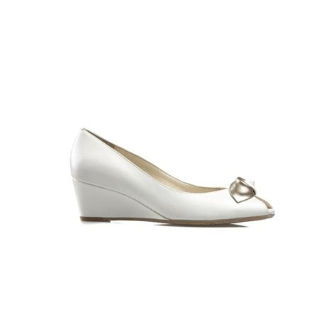 manila white leather wedge shoe