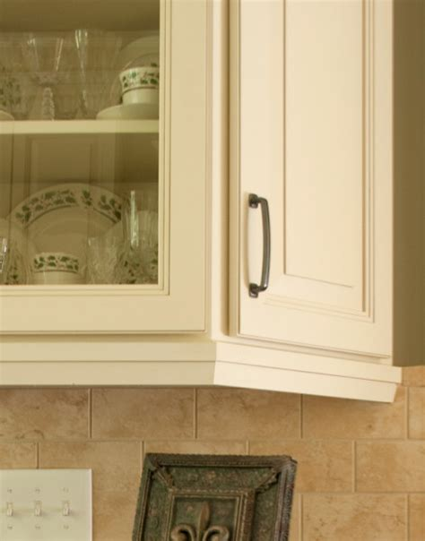 kitchen cabinet light rail light rail molding cliqstudios com traditional