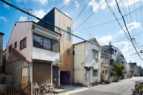 japan skinny house japanese skinny house reaches skyward curbed