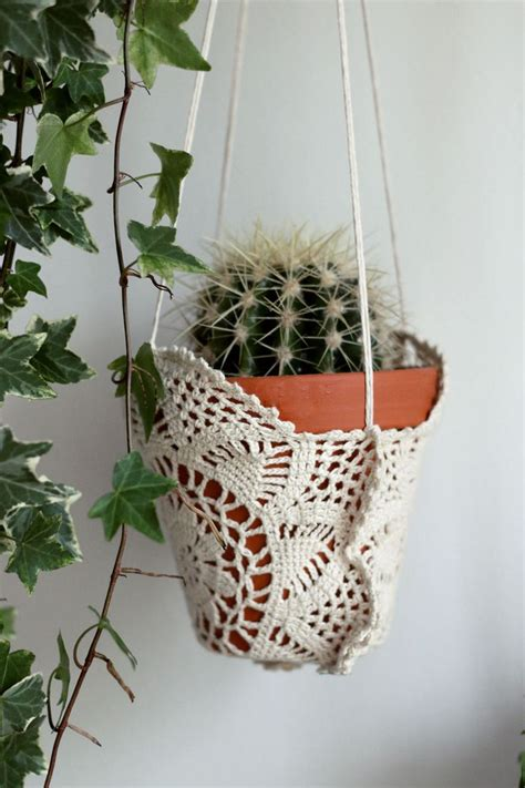 Macrame Crochet Patterns - 25 best ideas about crochet plant hanger on