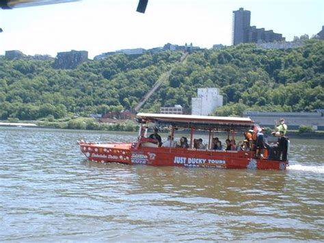 duck boat pittsburgh bb get pittsburgh duck boat tours