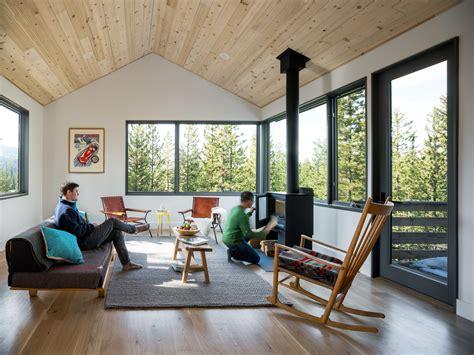 minimalist retreats reimagine  mountain cabin builder