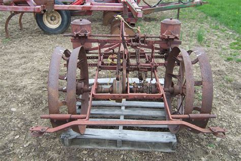 Used Corn Planter by Used 2 Row Corn Planter For Sale