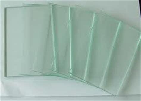 Rak Kotak Untuk Display Barang Dagangan Pameran etalase kaca murah adityapercetakan