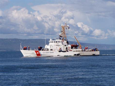 tow boat us long island coast guard cutter long island commanding officer gets