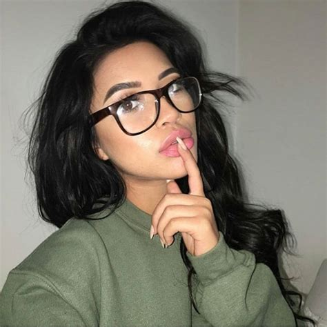 Hairstyles For Hair Black Who Wear Glasses by The Hairstyles To Wear With Glasses