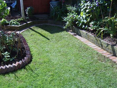 Landscape Edging With Bricks High Quality Landscape Edging Brick 15 Lawn Edging With