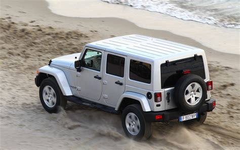 how much weight can a jeep wrangler unlimited tow jeep unlimited curb weight autos post