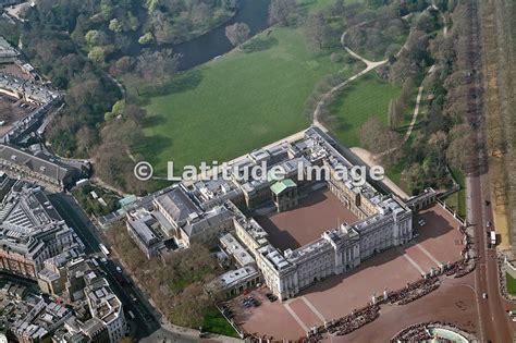 latitude image buckingham palace aerial photo