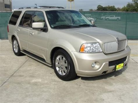 2004 Lincoln Navigator Specs by 2004 Lincoln Navigator Ultimate Data Info And Specs