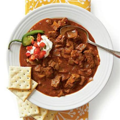 spicy slow cooker beef chili recipe dishmaps