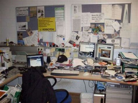 which of these is a home office these disgusting home offices are more like health hazards 41 pics izismile com