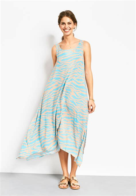 where to find a sleeveless summer dress with the waft factor that s not my age