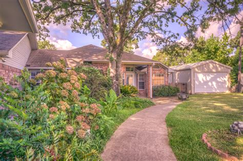tiny texas house vacation in canyon lake texas lake homes for sale top 10 lake destinations look