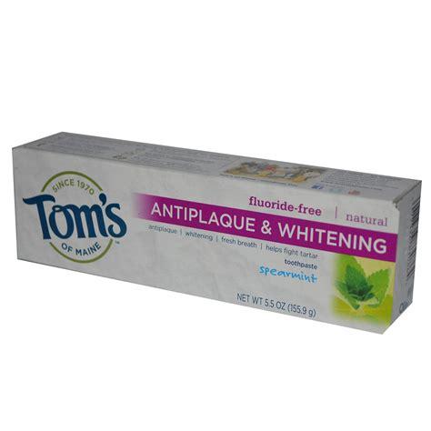 toothpaste whitening tom s of maine antiplaque whitening fluoride free