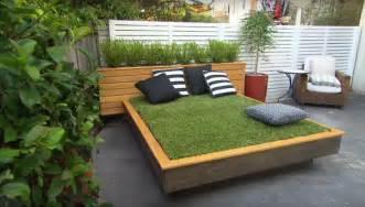 Mattress Offers by Diy Grass Bed Offers A Cozy Green Oasis Modern Met