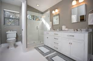 Gray And White Bathroom by Contemporary Gray Amp White Bathroom Remodel Contemporary