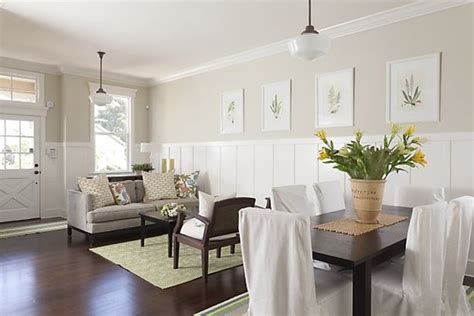 Wainscoting In Living Room by 1000 Images About Wainscoting On Revere