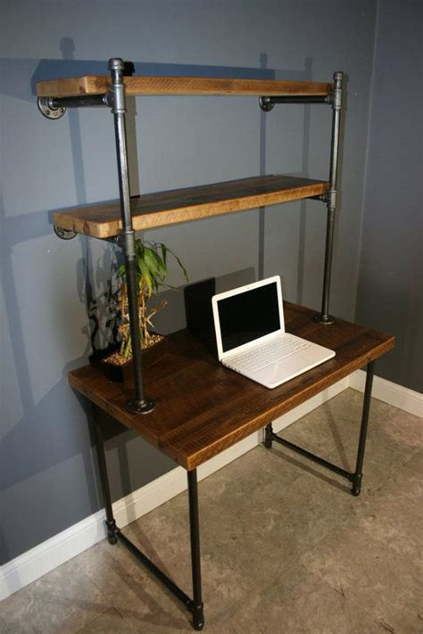 Reclaimed Wood Desk Diy 25 Best Ideas About Pipe Desk On Pinterest Industrial Pipe Desk Industrial Desk And Diy Pipe